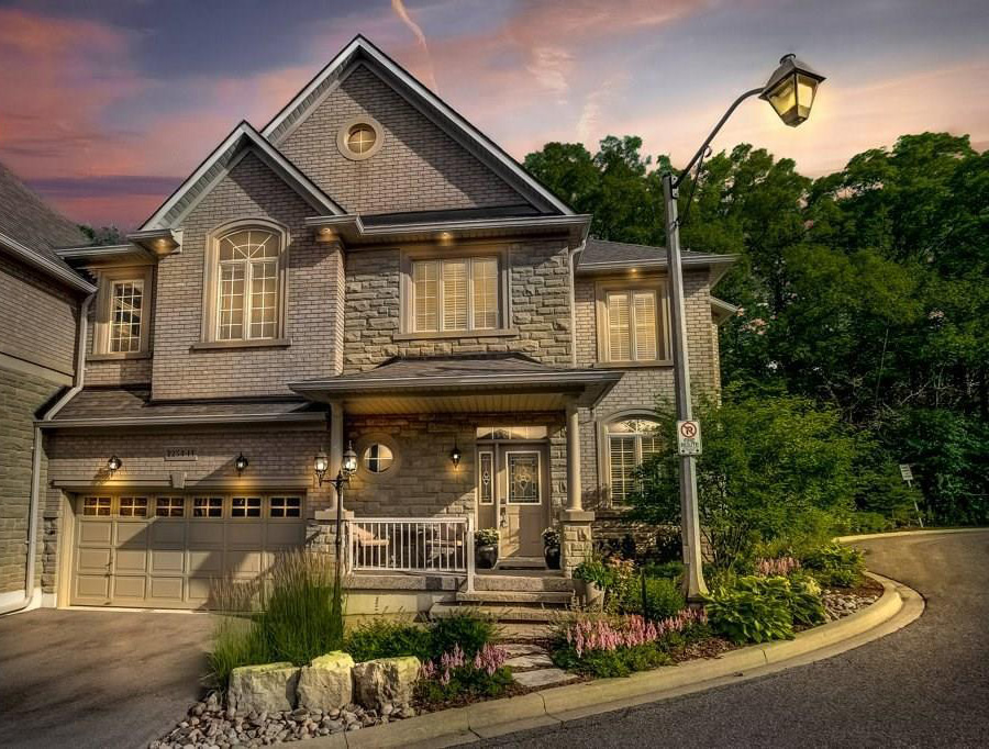 Townhouses for Sale In Oakville - Realty, Design ...